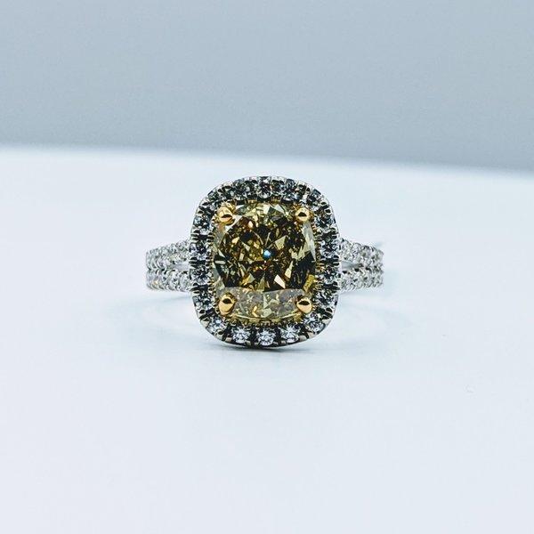 Ring 3.01ct Fancy Yellow 1.26ctw Diamonds 18ktt Sz6.5 220020113