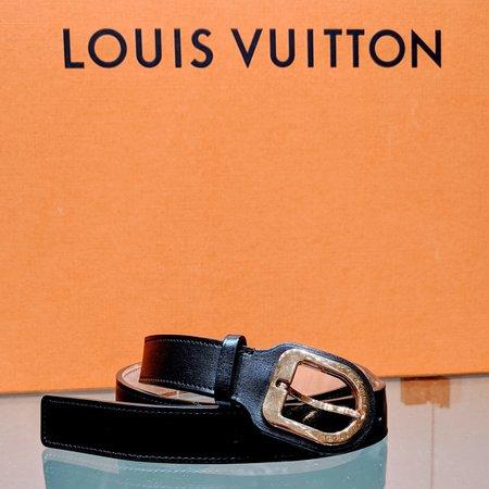 Louis Vuitton Belt Ceinture Black Leather 85/34 M9752 120090026