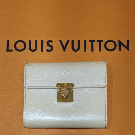 Handbags Louis Vuitton Verniss Pass Bilfold Wallet 120110067