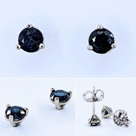 Earrings .20ctw Round Sapphires 14kw 120120030