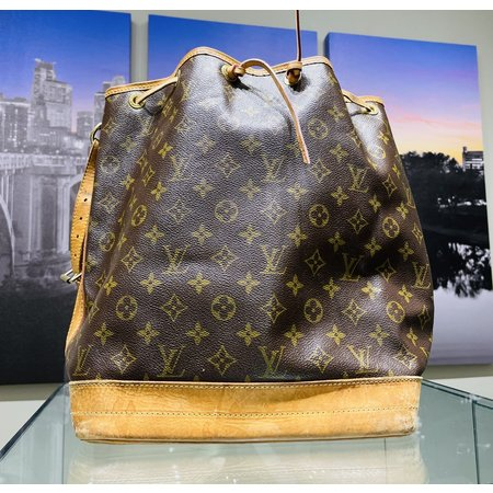 Bucket Bag Louis Vuitton Monogram 221040020