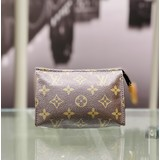 Lena Tyson Handbag Louis Vuitton Brown Bonogram Small 221090040