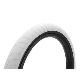 Kink Sever Tire 2.4 White w/ Black Wall