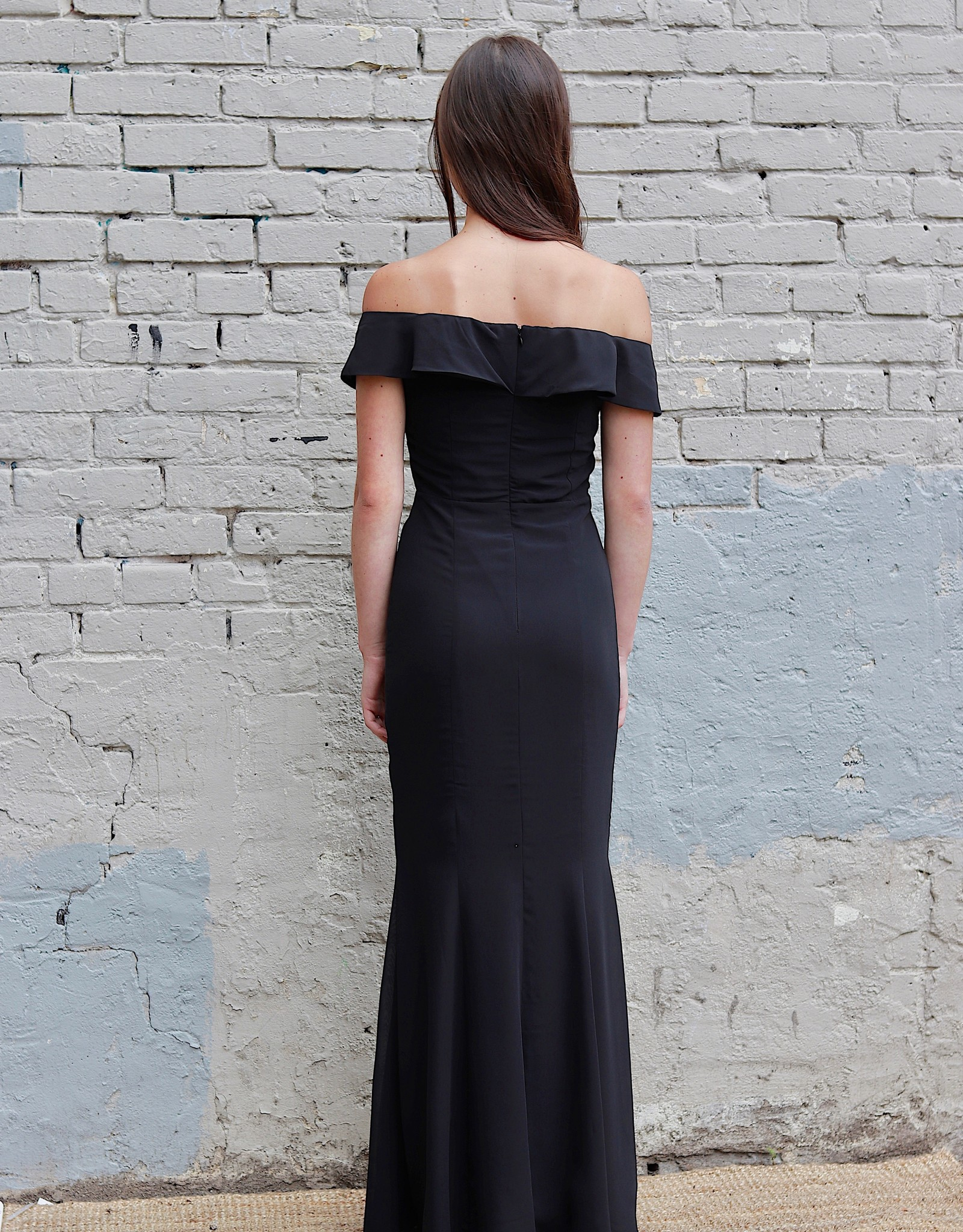 HUSH COLLECTION Off the shoulder fitted maxi dress w/ slit