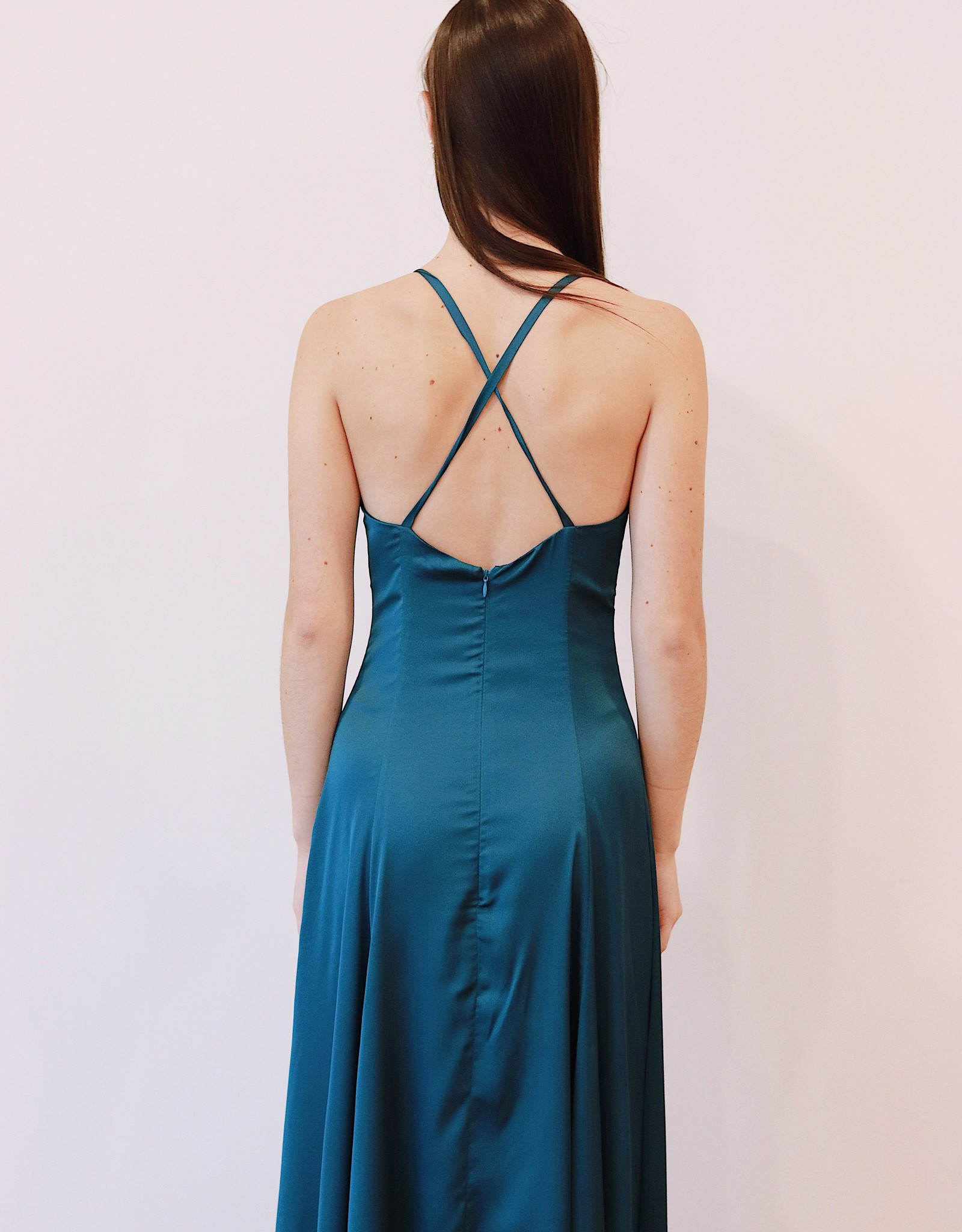 HUSH COLLECTION Square neckline satin gown