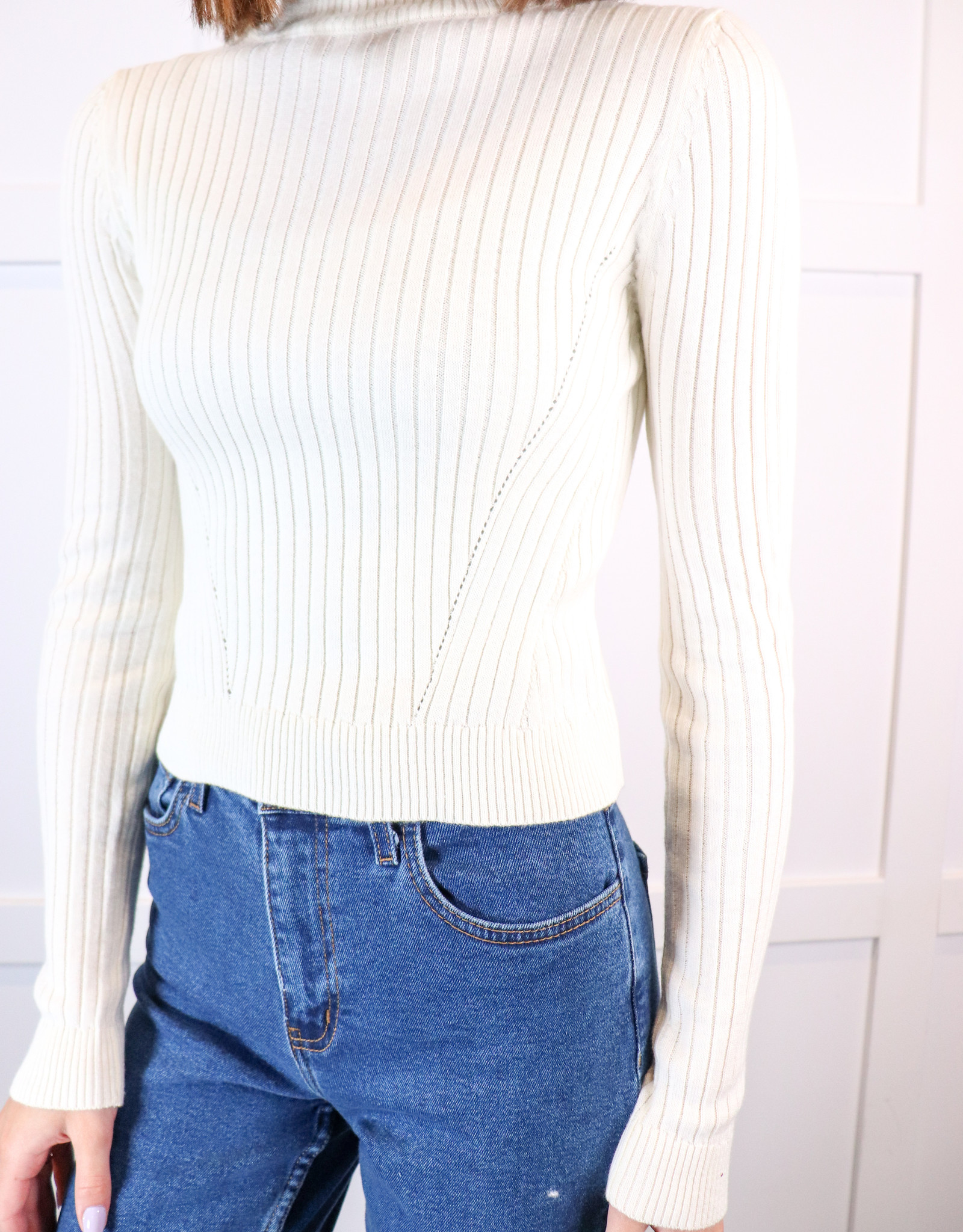 HUSH High neck ribbed cropped top