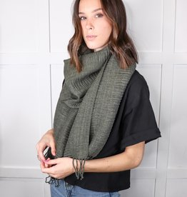 HUSH Soft ridge textured tassel scarf