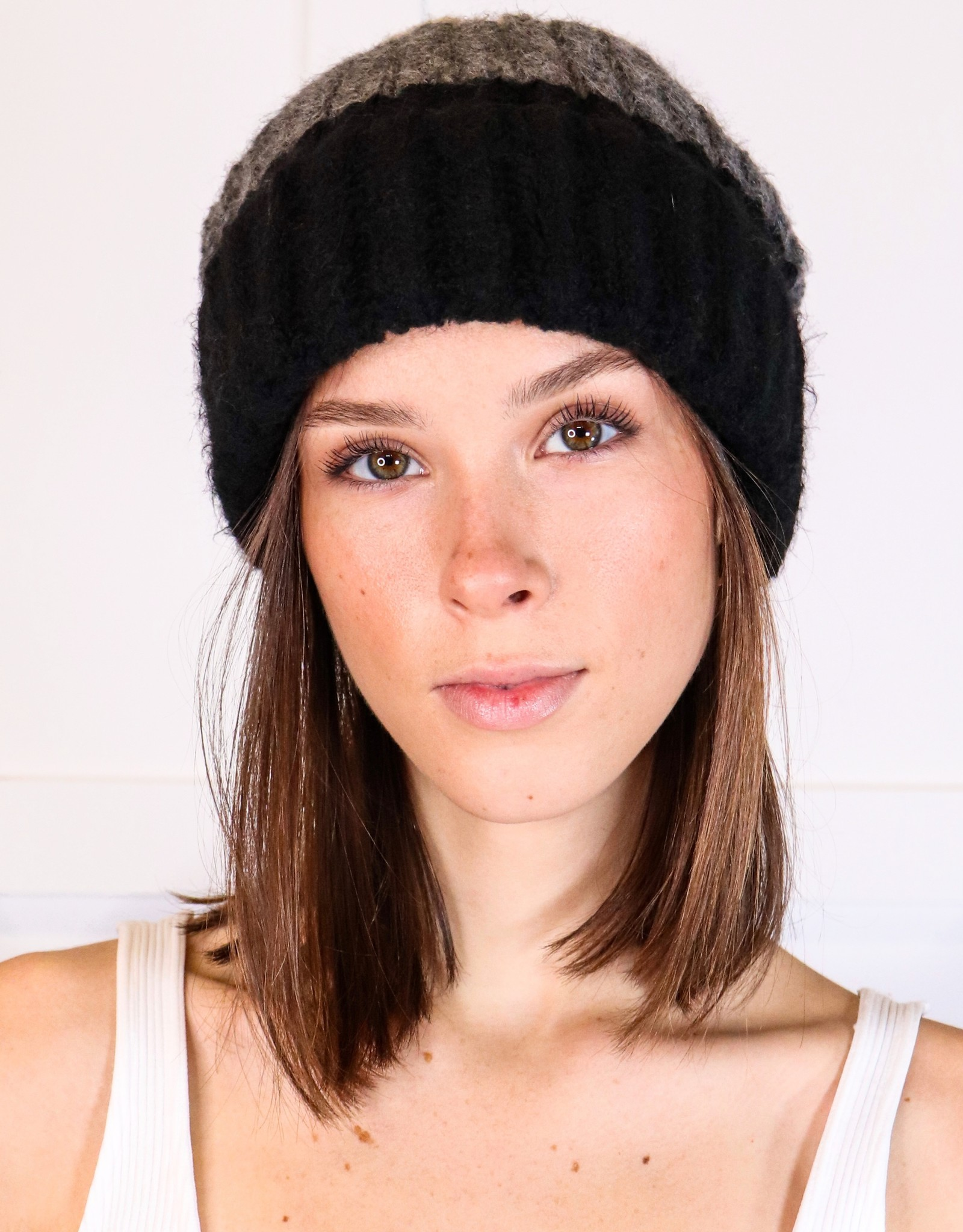 HUSH Colour block knit beanie