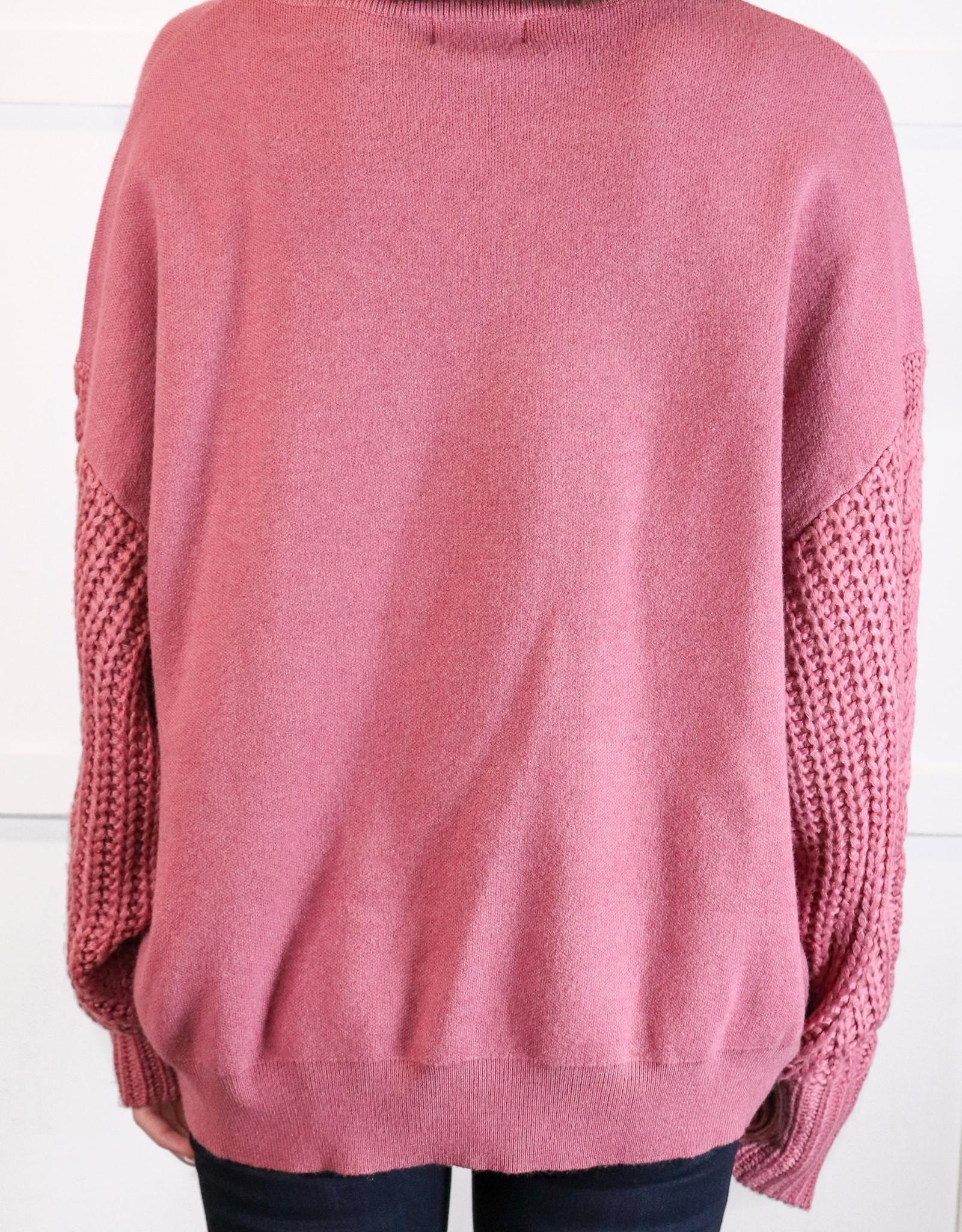 HUSH Crewneck w/ cable knit slv
