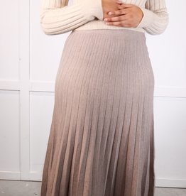 HUSH Pleated knit sweater skirt