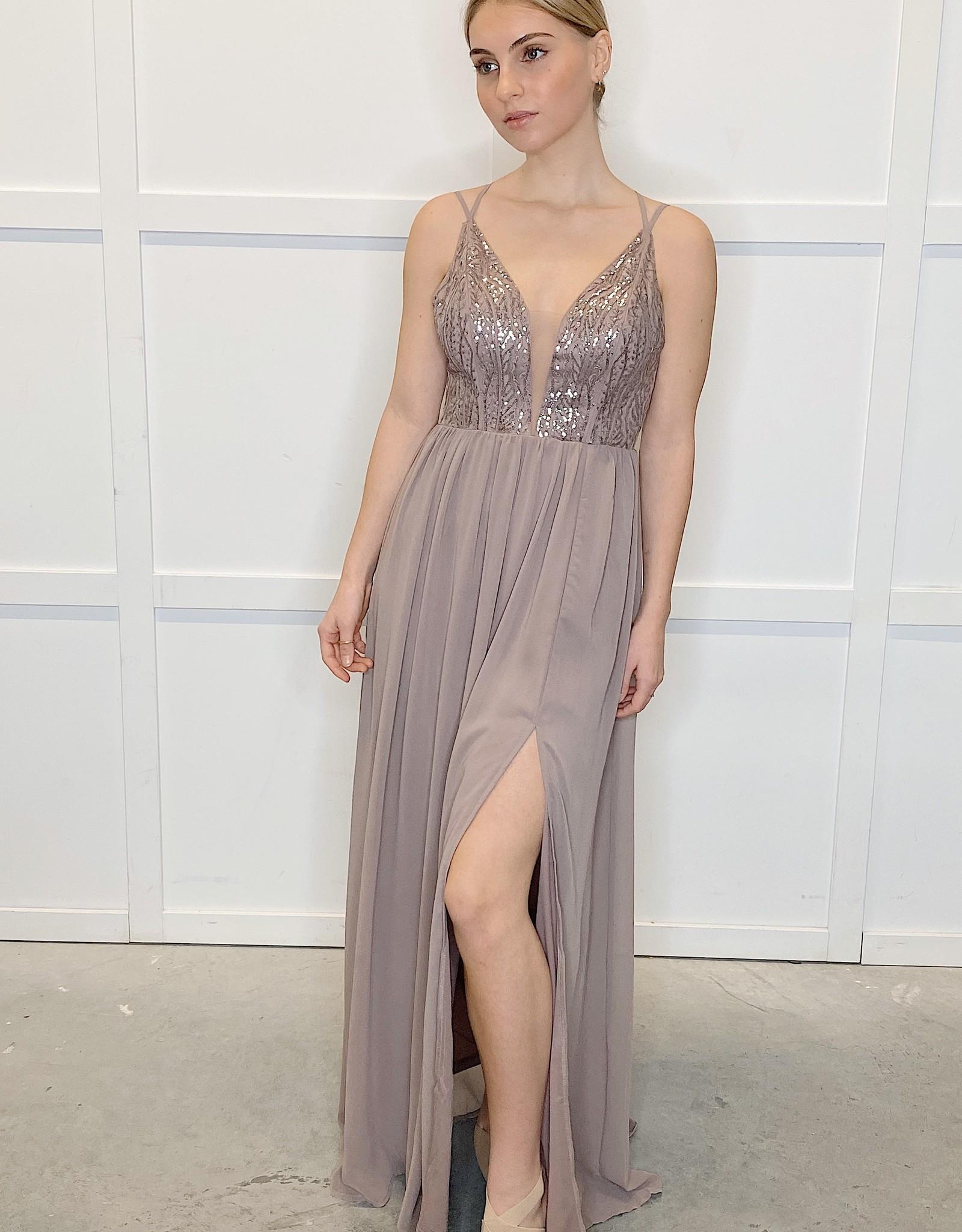 HUSH Sequin bodice w/ chiffon bottom maxi dress