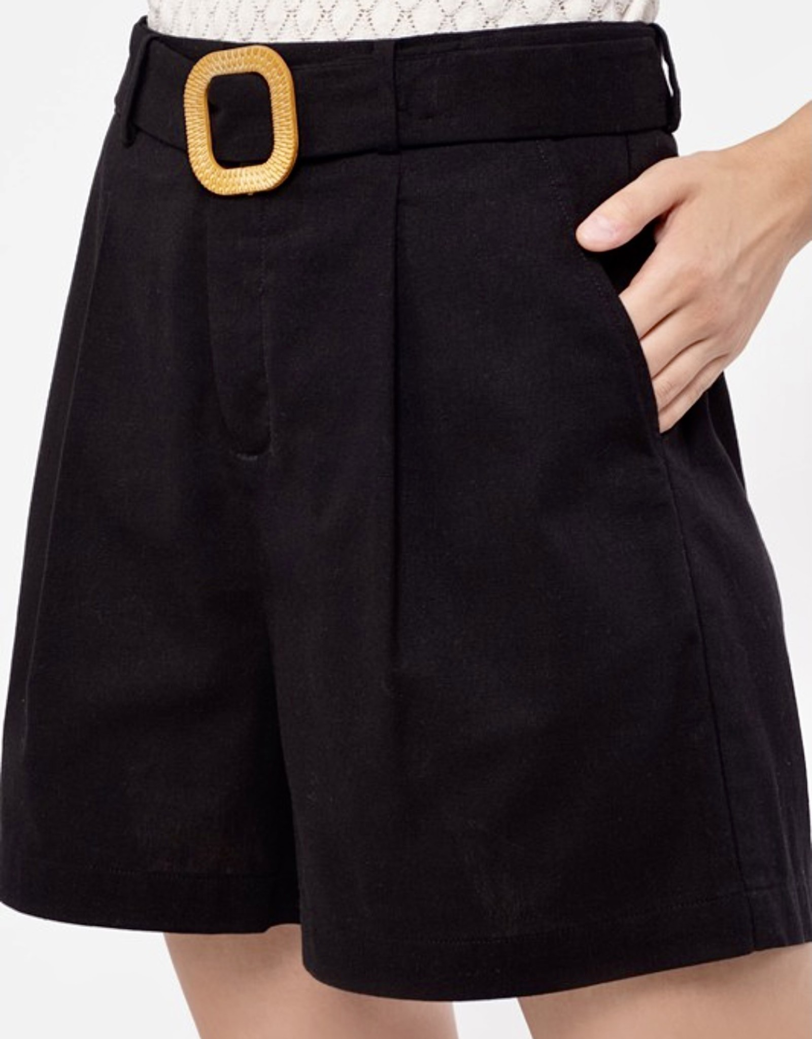 HUSH High waist front pleat, walking shorts w/ belt
