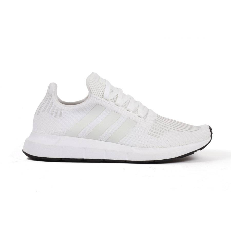 Adidas Swift Run Core White/Featuring