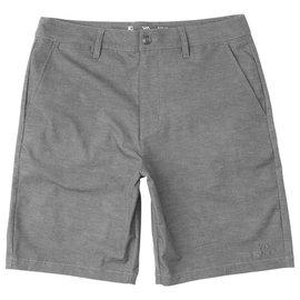 "Back in Hybrid 19"" Shorts"