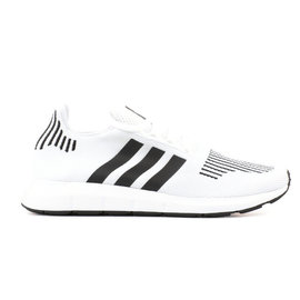 Swift Run Core White/Featuring Black