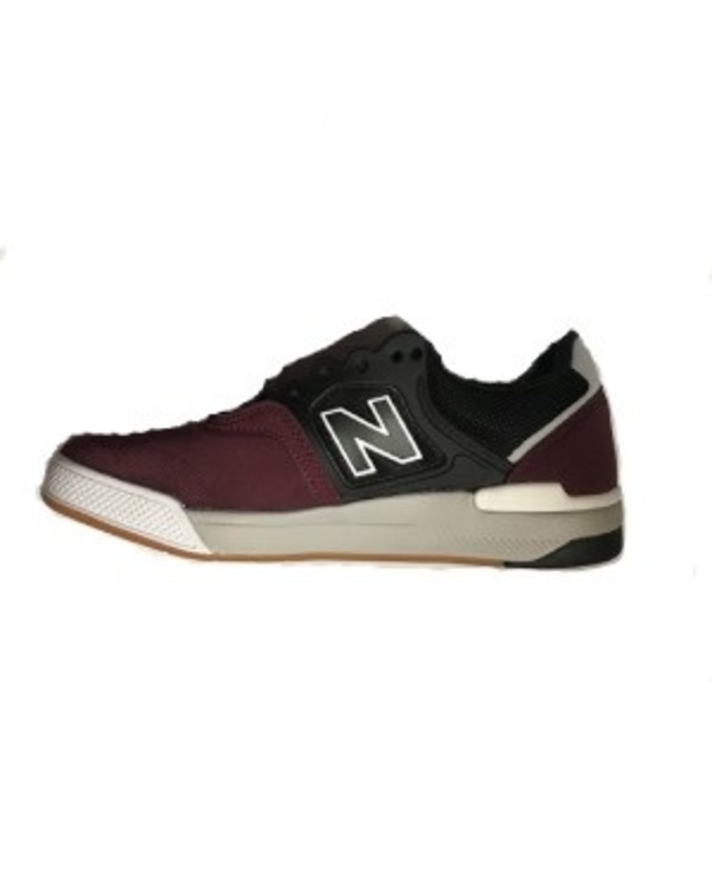 New Balance NEW BALANCE 913 (NM913OG)