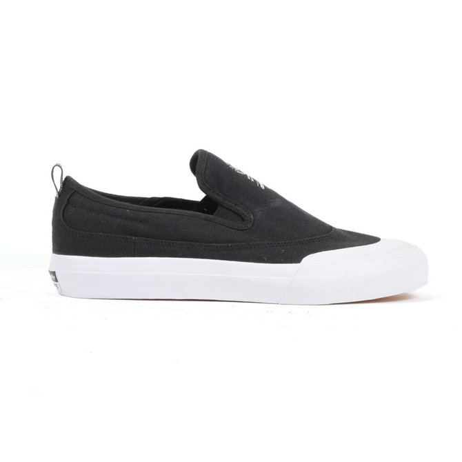 Matchcourt Slip-On ADV Core Black/Featuring White