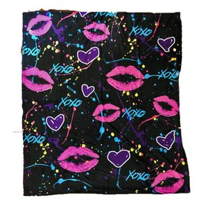 Splatter Kisses Blanket