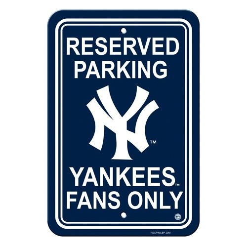 New York Yankees Fans Sign