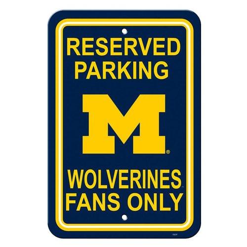 University of Michigan Fans Sign