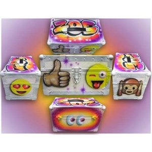 Airbrushed Emoji Mini Trunk