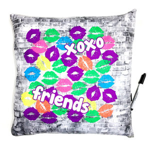 XOXO Bright Lips Autograph Pillow