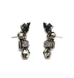 BLACK STONE CLUSTER DROP EARRINGS