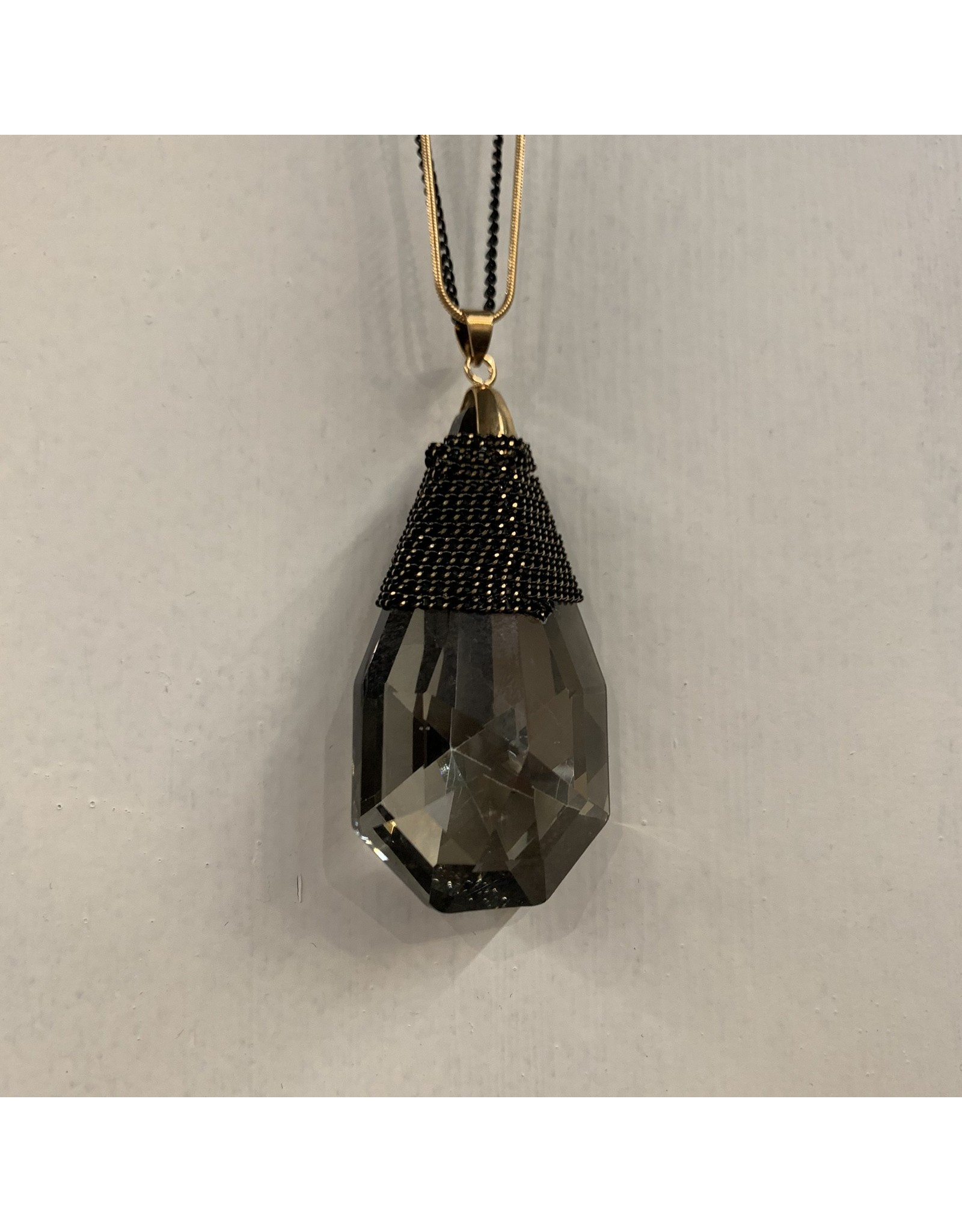 BLACK / GOLD DOUBLE CHAIN NECKLACE WITH SHORT GLASS PENDANT