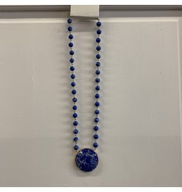 BLUE SHORT BEADED CIRCLE MARBLE STONE PENDANT NECKLACE