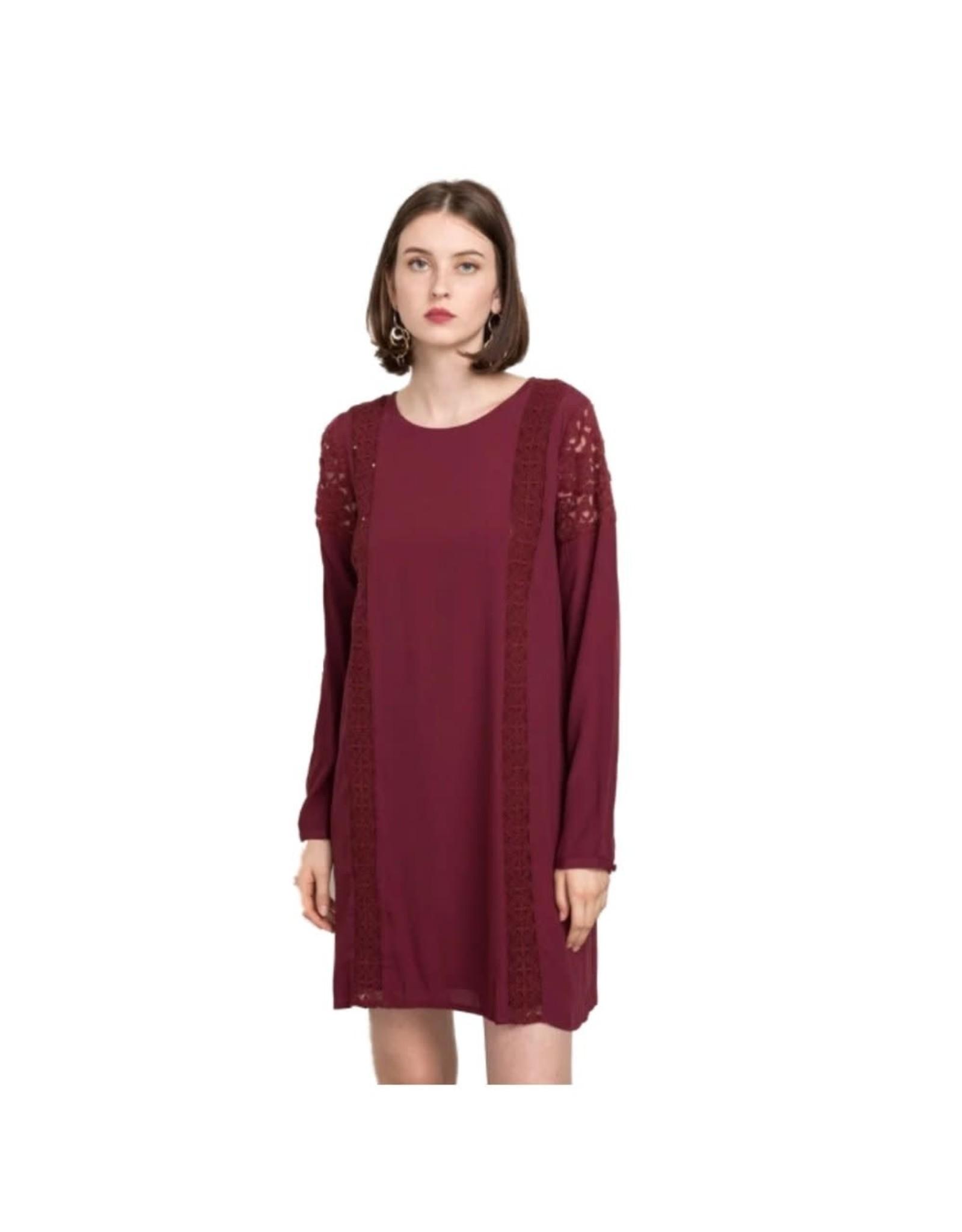 BURGUNDY LACE TRIM LONG SLEEVE SHIFT DRESS