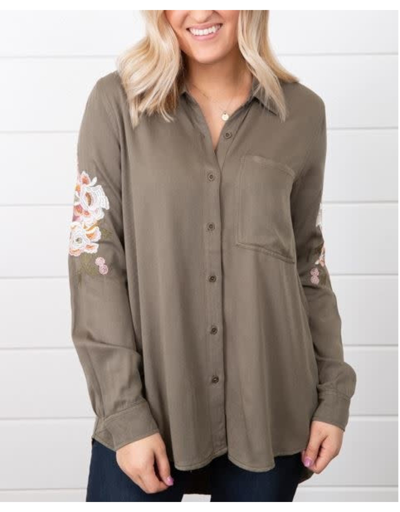 OLIVE BUTTON DOWN SHIRT WITH EMBROIDERED SLEEVE