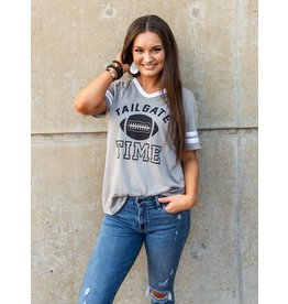 GREY TAILGATE TIME SHORT SLEEVE SPIRIT TEE