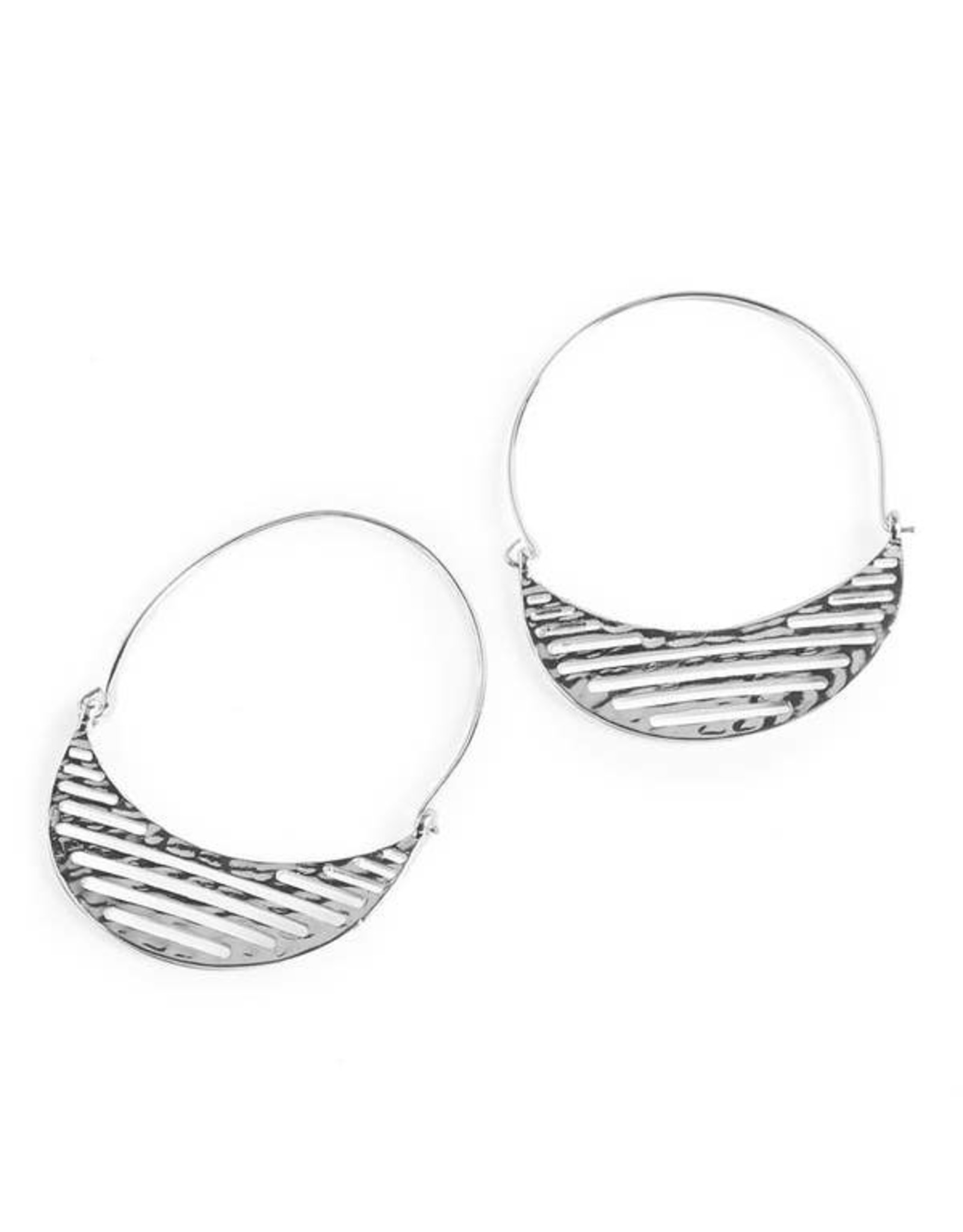 CRESCENT HAMMERED EARRINGS SILVER