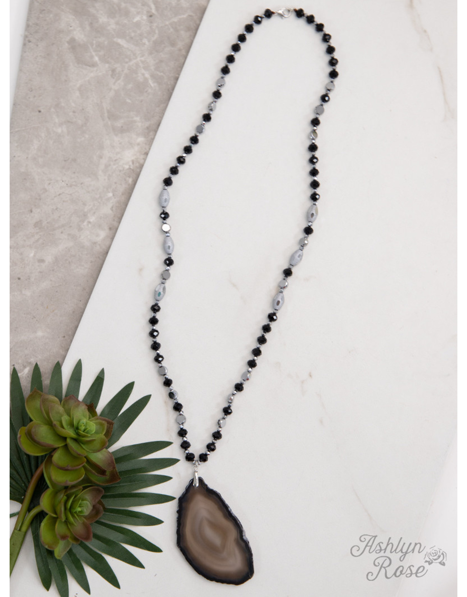 BLACK JOURNEY TO CENTER BEADED NECKLACE WITH STONE PENDANT