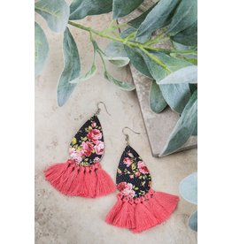 BLACK / PINK SPRING FLORAL EARRINGS