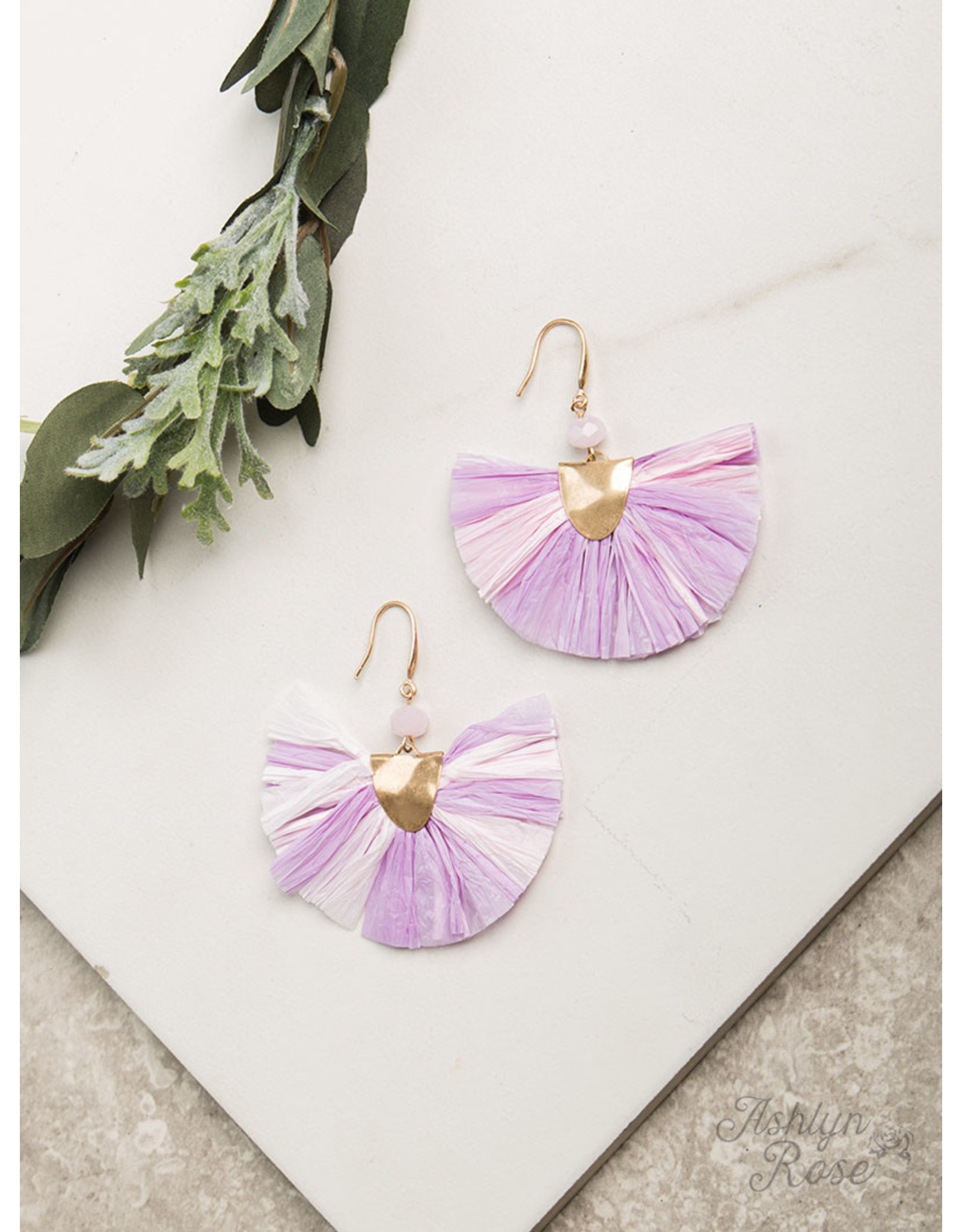 LAVENDER / PINK BREEZY BEAUTY EARRING