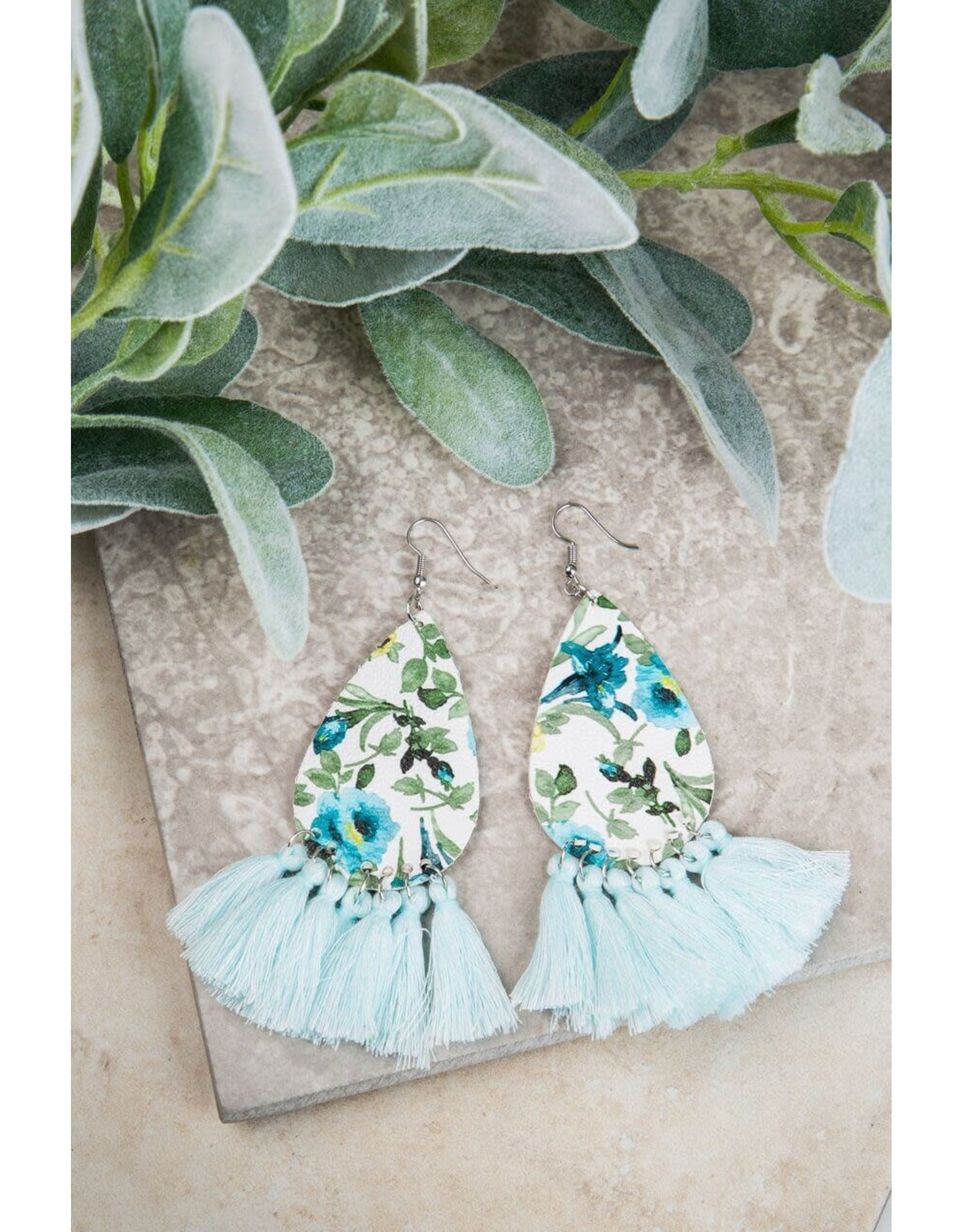 LIGHT BLUE SPRING FLORAL EARRINGS