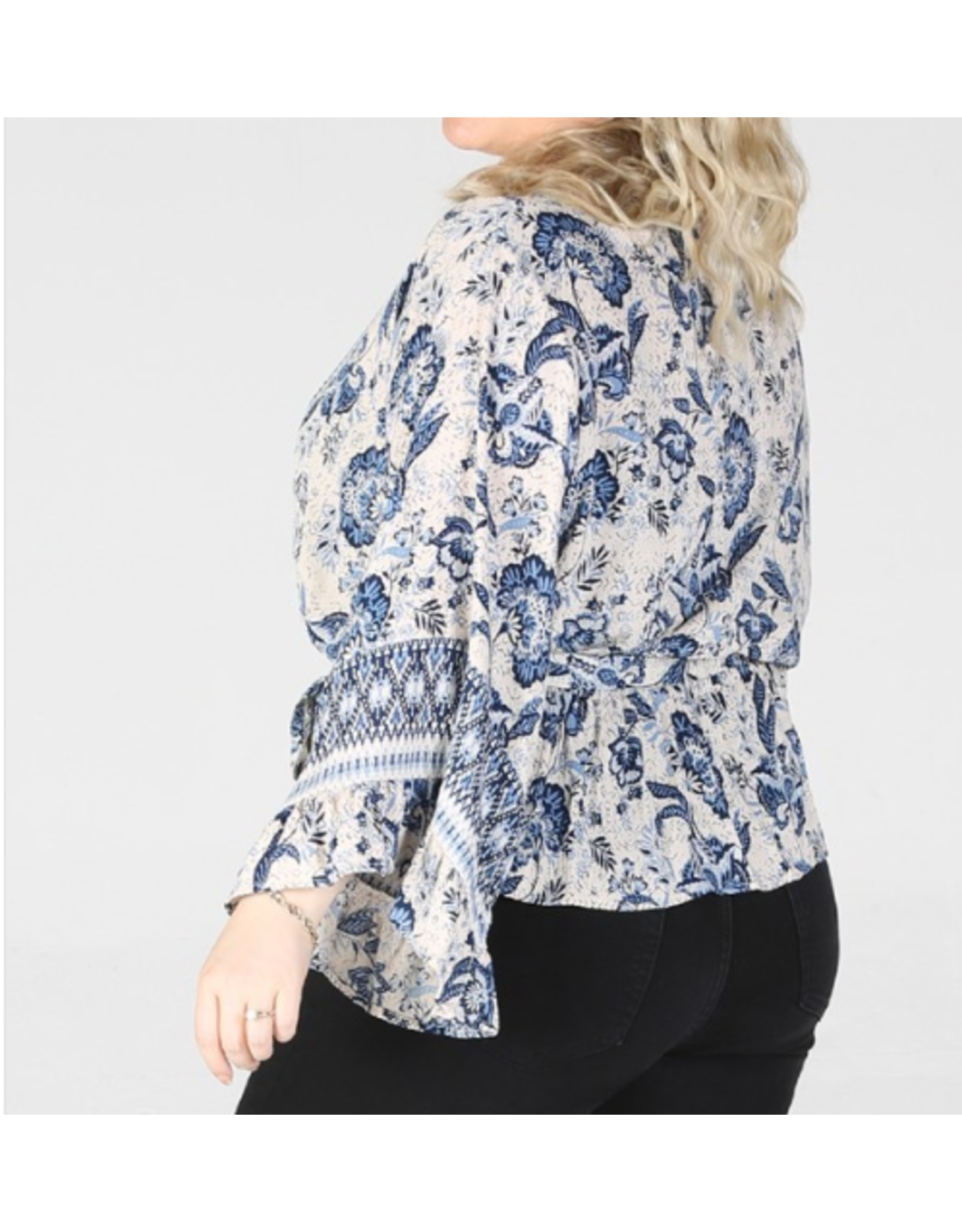IVORY NAVY PRINTED VNECK ANGLED SLEEVE TOP WITH TIE WAIST