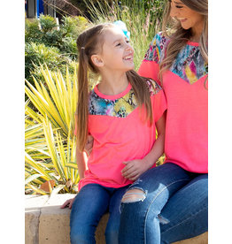 NEON PINK TEE WITH SNAKE PRINT