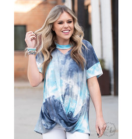 BLUE TIE-DYE KNOT FRONT CUTOUT TEE