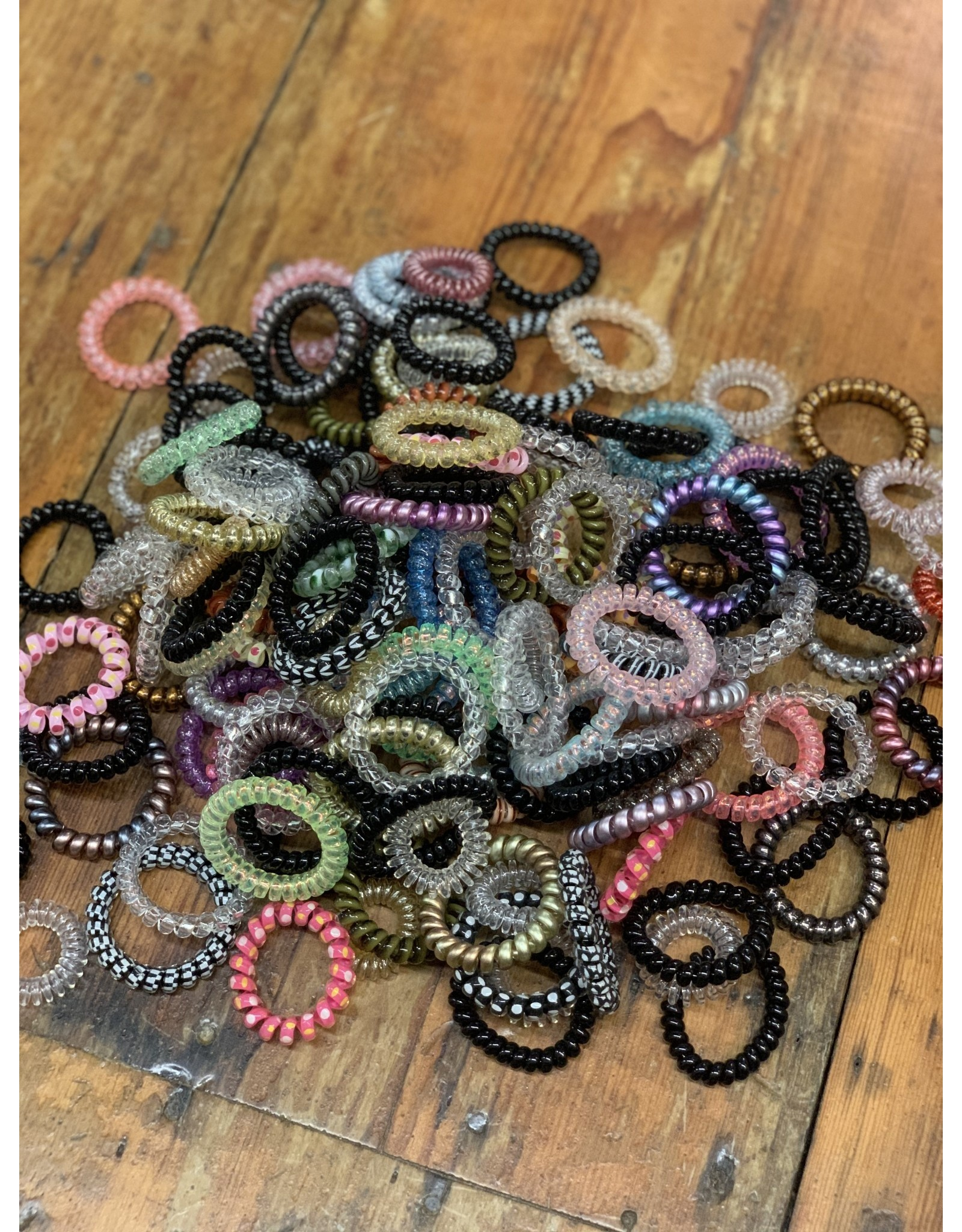 PACK OF 5 MYSTERY COIL HAIRTIES!