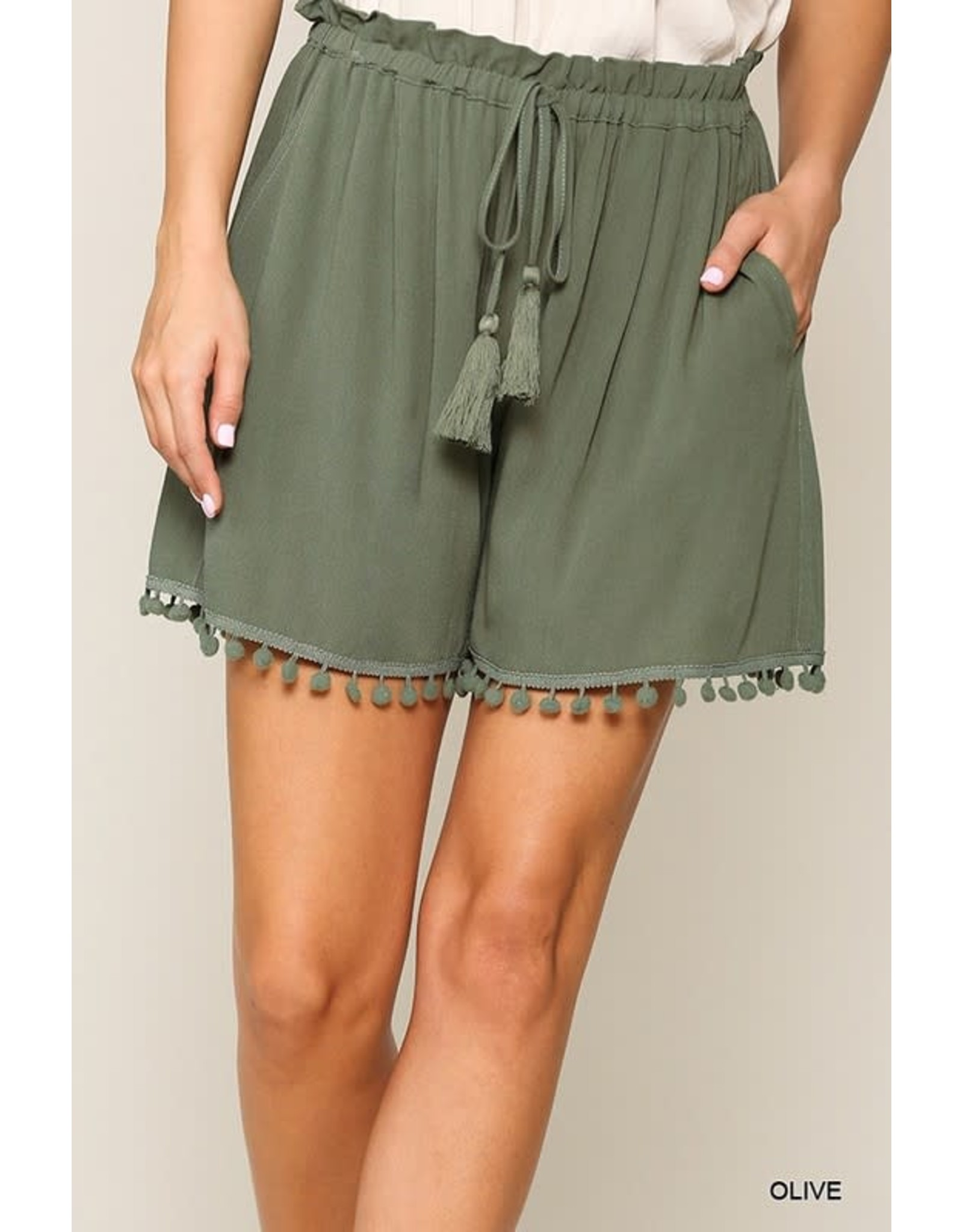 GIGIO OLIVE WOVEN SHORTS WITH TASSEL TIE AND BOTTOM TRIM
