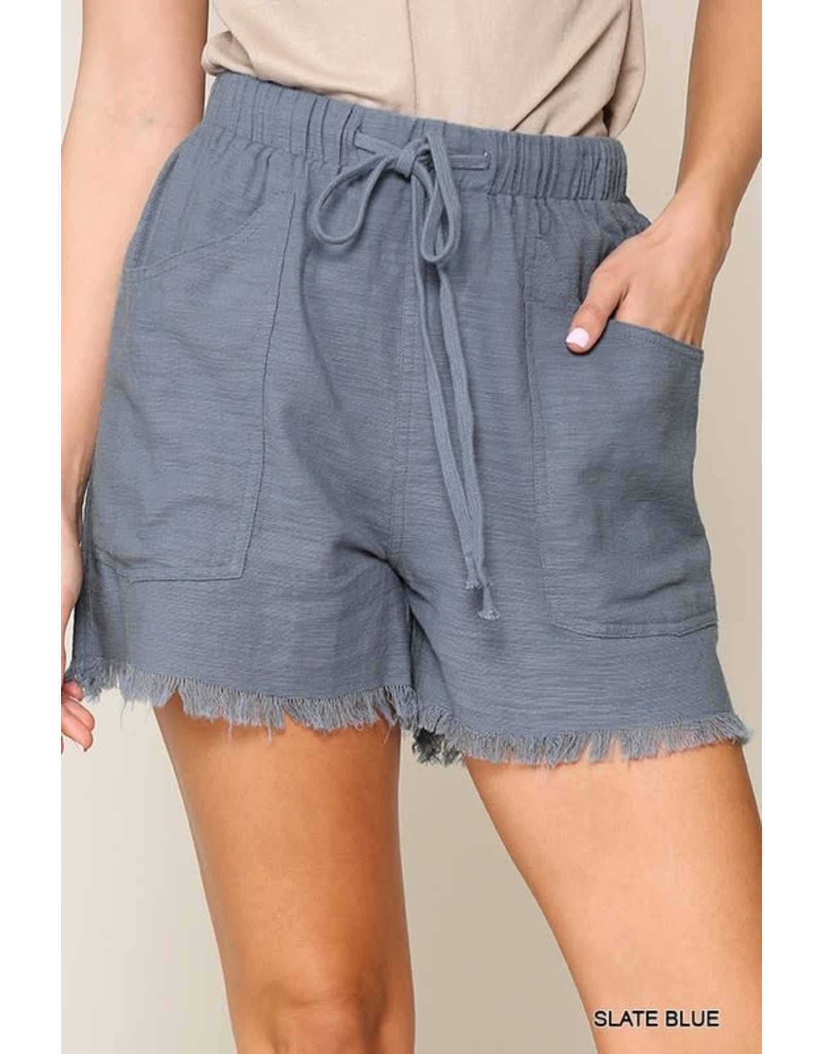 GIGIO SLATE BLUE FRAYED HEM SHORTS WITH DRAWSTRING WAIST