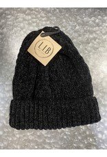 HAT248 BLACK CABLE KNIT CHENILLE BEANIE