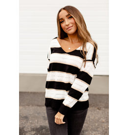 AA ELLA SWEATER - BLACK/WHITE