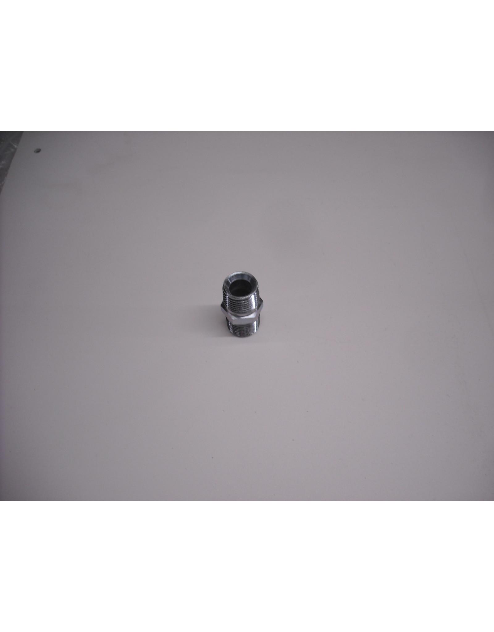 Graco 12-230x Hi-Pressure Nipple 3/8 x 3/8 MNPT
