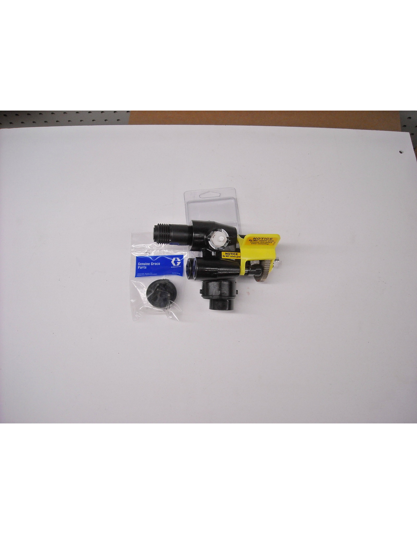 Graco 17P187 Fluid Section