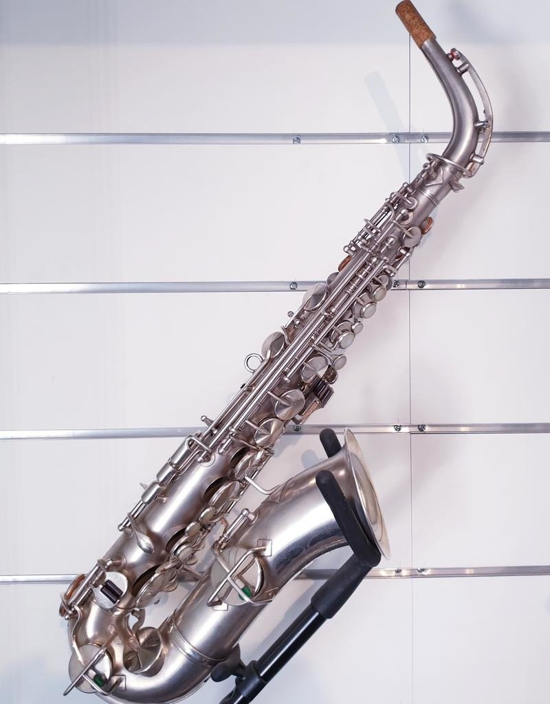 King Secondhand Vintage H.N. White Co. Cleavland Eb Alto Saxophone