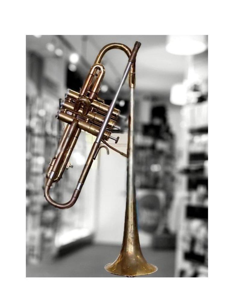 Getzen 900H 'dizzy bell' ETERNA trumpet in lacquered finish