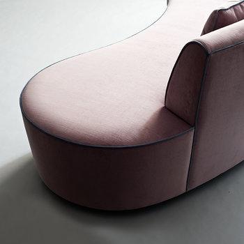 Demuro Das Studio Astra Sofa